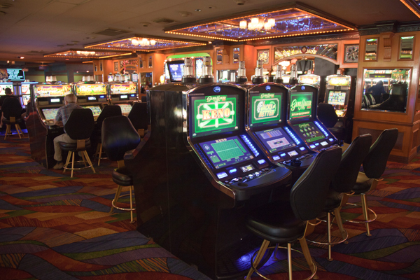 How Many Slot Machines At Riverside Casino